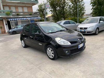 usata Renault Clio 1.2 16v Pack NEOPATENTATI