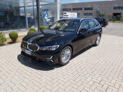 usata BMW 320 Serie 3 Touring d Luxury del 2020 usata a Rende