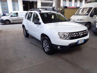 usata Dacia Duster 1.5 dci 4x2 laureate solo 100 mila km