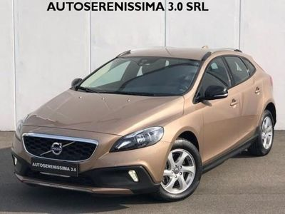 usata Volvo V40 CC Cross Country D2 Geartronic Business rif. 12249582
