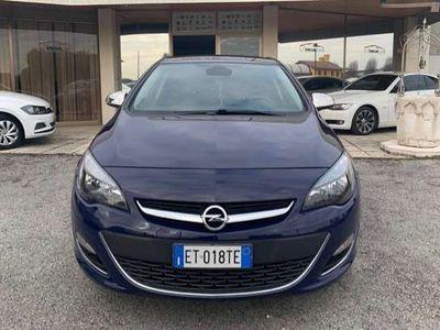 usata Opel Astra 2.0 CDTI 165CV 5 porte berlina cambio automatico