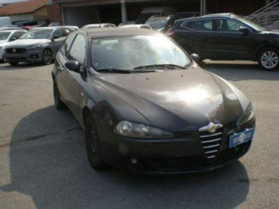 usata Alfa Romeo 147 1.9 JTD M-JET 16V 3PT Distinctive