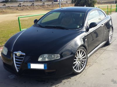 usado Alfa Romeo GT - 2005 - 1.9JTDm - Assetto - Pelle