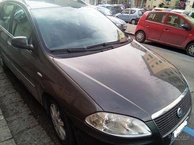 brugt Fiat Croma 1.9 MTJ 16 V.-120 CV-EMOTION-2007