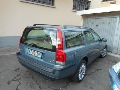 usata Volvo V70 2.4i 20v Cat Optima Gpl 4x4 Usato