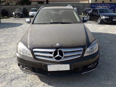 second-hand Mercedes C220 CDI S.W. - Motore rigenerato