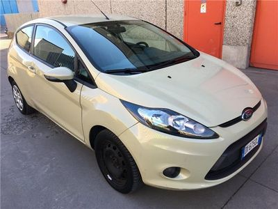 usata Ford Fiesta 1.4 TDCi 68CV 3 porte Titanium*EURO 4*