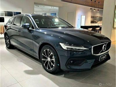 usata Volvo V60 B4 (d) Geartronic Momentum Business Pro