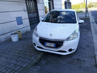 gebraucht Peugeot 208 1.4 HDi 68 CV 5 porte Active