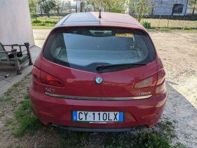 usata Alfa Romeo 147 1.6 16V TS (105) 3 porte Distinctive del 2005 usata a Isola della Scala