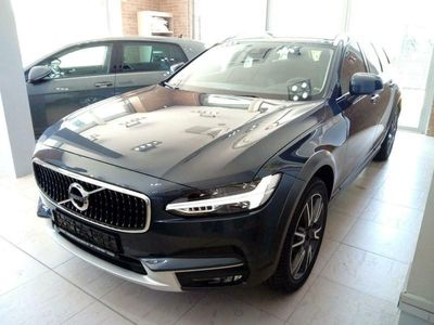 usata Volvo V90 CC d5 awd geartronic pro