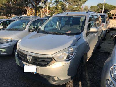 usata Dacia Lodgy 1500 dci 90 cv laureate comenuova fulll