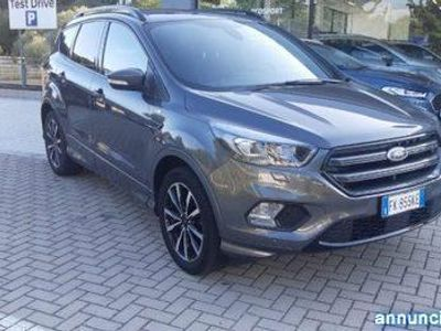 used Ford Kuga 1.5 TDCI 120 CV S&S 2WD ST-Line