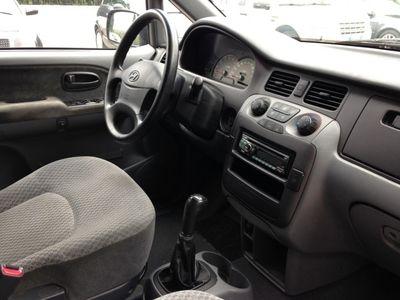usado Hyundai Trajet 2.0 CRDi TD 16V GL Comfort 7 POSTI
