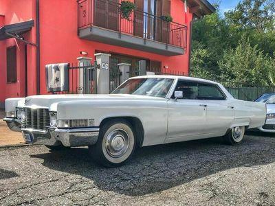 usata Cadillac Deville sedan