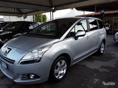 usado Peugeot 5008 2.0 HDI 7 posti