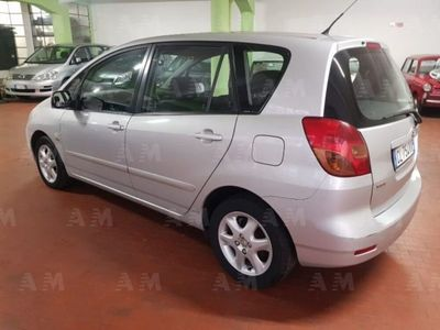 usata Toyota Corolla Verso 2.0 tdi D-4D 90CV
