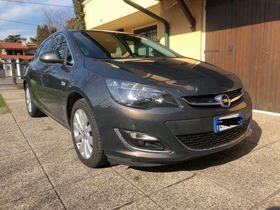usata Opel Astra 1.7 CDTI 130CV 5 porte Cosmo