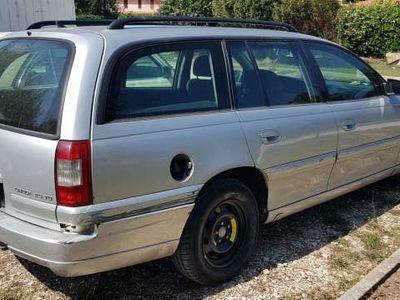 usata Opel Omega 2.5 TD cat S.W. Executive
