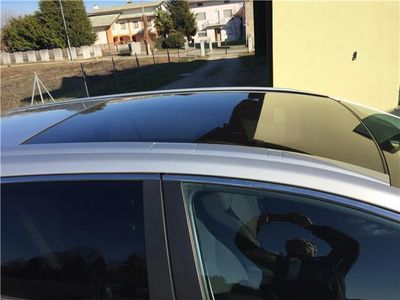 usata Toyota Avensis 2.2 D-4D Wagon Sol