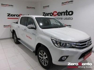 usado Toyota HiLux 2.4 D-4D A/T 4WD 4 porte Double Cab Executive