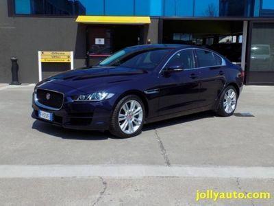 usata Jaguar XE 2.0 D 180 CV Automatica Prestige