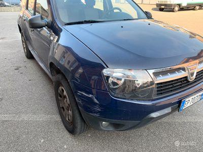 usata Dacia Duster 1600 benzina 4x4 euro 5B 2012