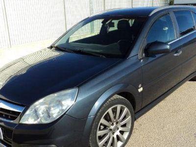 used Opel Signum 1.9 16V CDTI 150CV Cosmo Auto in buono stato
