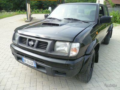 used Nissan King Cab Navara - 2000