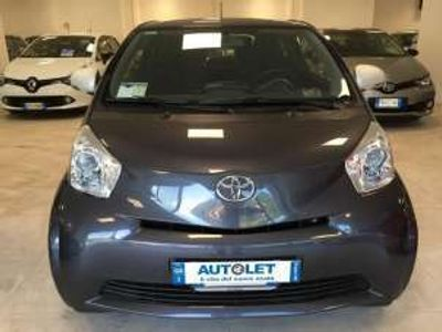 usata Toyota iQ 1.0 trend cvt benzina