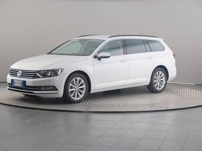 usata VW Passat Variant 2.0 Tdi 110 Kw Business Bluemotion