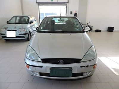 usata Ford Focus 1.8 TDDi cat 5p. Ghia