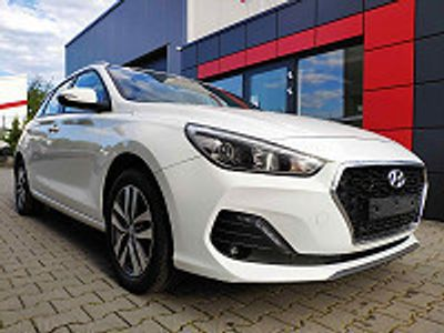 usata Hyundai i30 Kombi 140 Ps Pdc*freisprech*klima Uvm.!