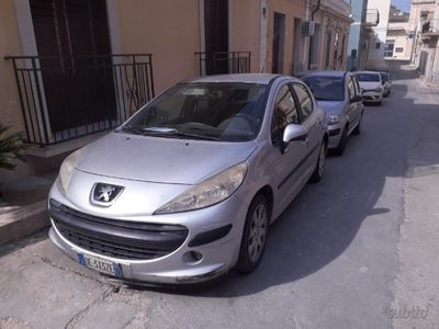 usado Peugeot 207 - anno 2006 1.6 90 cv