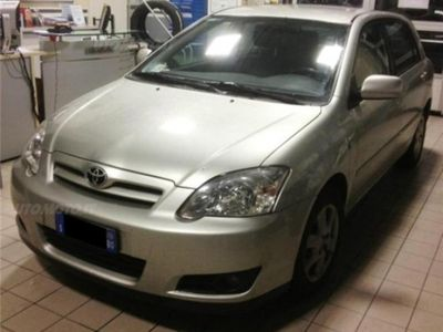 usata Toyota Corolla 1.D-4D M-MT 5 porte Sol ESP del 2006 usata a Carpi