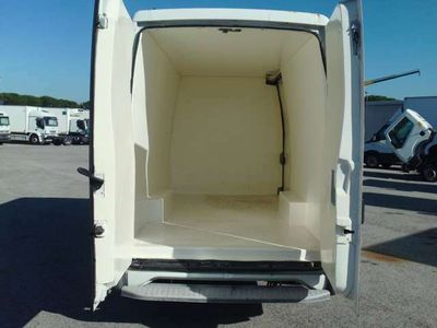 usata Iveco Daily 35 S 9 2.8 DIESEL FURGONE ISOTERMICO ATP 2022/2028