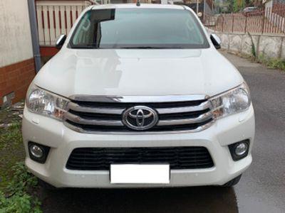 usata Toyota HiLux 8ª - 2017