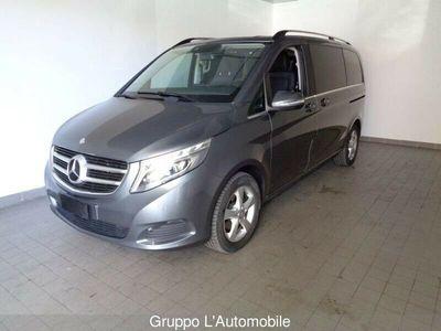 usata Mercedes V220 cdi Premium L auto