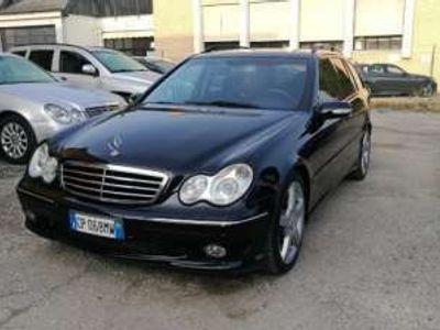 usata Mercedes C30 AMG AMG cat S.W.AMG 05/04 KM 236000 Diesel