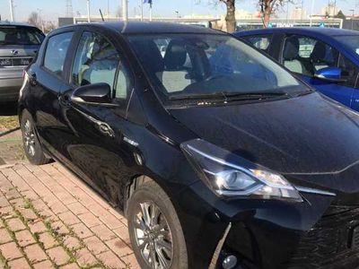 usata Toyota Yaris 1.5H ECVT Active 5p