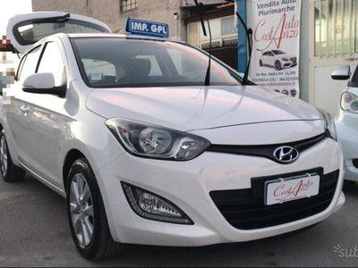 usata Hyundai i20 GPL fine 2013 NAVIGATORE- ANTIFURTO