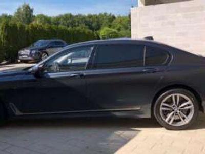 usata BMW M760 Li xDrive -LaserL.-Pano-5Sitz-TV-DisplayK