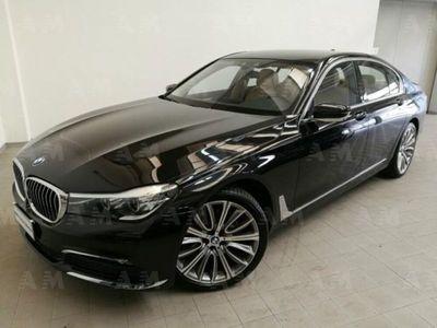usata BMW 730 Serie 7 d xDrive Eccelsa del 2019 usata a Carpi