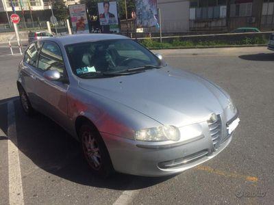 usata Alfa Romeo 147 1.6 ts GPL Lovato 120 cv 11/2002