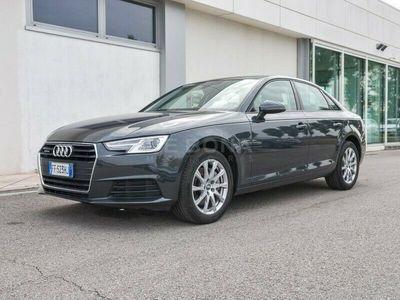 usata Audi A4 40 2.0 tdi Business quattro 190cv s-tronic my16
