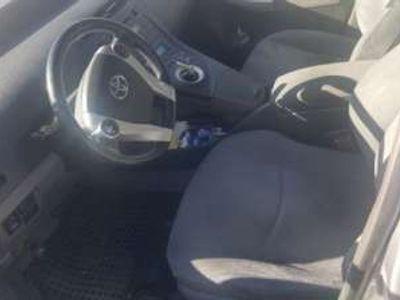 usata Toyota Prius 1.8 Active LEGGI ANNUNCIO Elettrica/Benzina