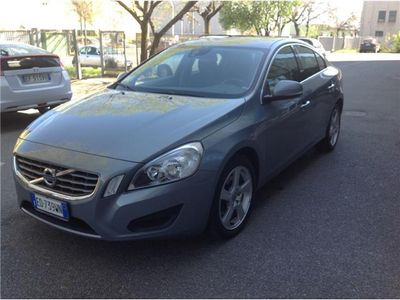 brugt Volvo S60 D3 Geartronic Momentum 6.300 €