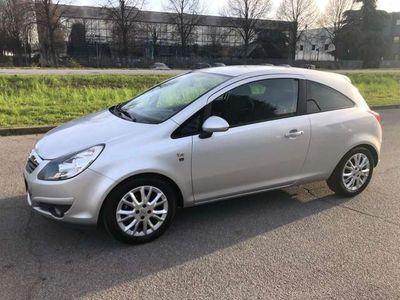 usata Opel Corsa 1.2 80CV 3 porte GPL-TECH Edition*NEOPATENTATI