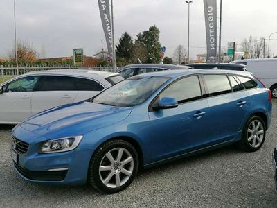 usata Volvo V60 D4 Geartronic Business euro 6