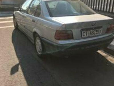 usata BMW 318 318i 4 porte Edition